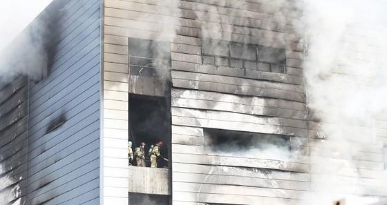 Hàn Quốc: Cháy công trường, ít nhất 46 người thương vong ảnh 1