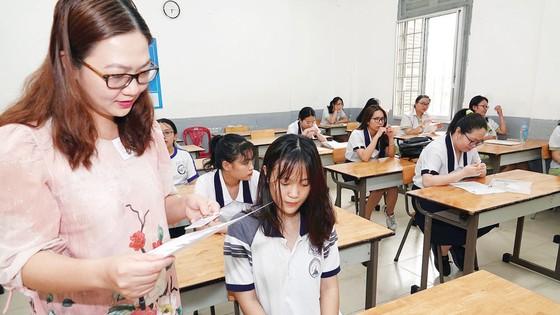 Thi THPT và tuyển sinh đại học 2020: Không gây khó cho học sinh ảnh 1