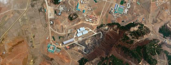 Triều Tiên gần hoàn thiện một cơ sở tên lửa đạn đạo ảnh 1