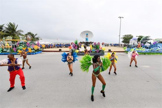 Lễ hội Du lịch Biển Sầm Sơn 2020 mở màn sôi động với Carnival đường phố rực rỡ ảnh 4