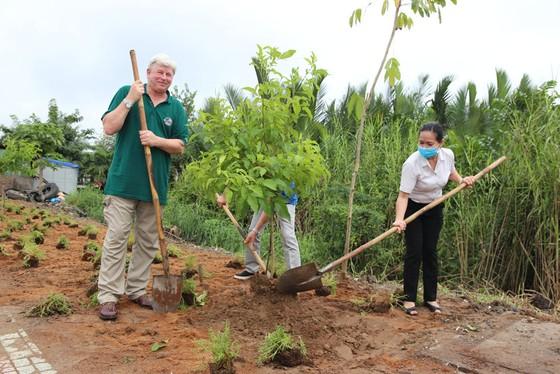 VWS góp phần làm xanh sạch đẹp cho môi trường ảnh 1