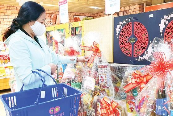 Saigon Co.op: Hệ thống siêu thị rầm rộ giảm giá hàng Tết, chiết khấu mạnh cho đơn hàng giỏ quà đặt sớm ảnh 2