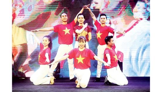 Hôm nay, Gala trao Giải thưởng Quả bóng vàng Việt Nam 2020 - Đêm tôn vinh tài năng ảnh 4