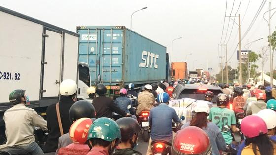 Cấp thiết triển khai giao thông kết nối cảng biển ảnh 1
