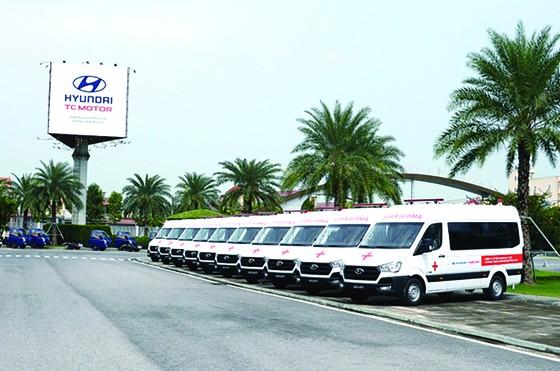 Liên doanh Ô tô Hyundai Thành Công trao tặng 10 xe Solati cứu thương ảnh 4
