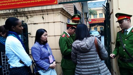 Triệu tập nhiều người có nghĩa vụ, quyền lợi tới phiên tòa xét xử Trịnh Xuân Thanh ảnh 3