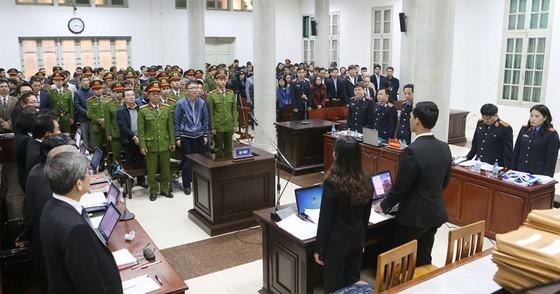 Triệu tập nhiều người có nghĩa vụ, quyền lợi tới phiên tòa xét xử Trịnh Xuân Thanh ảnh 1