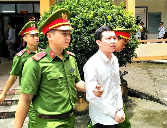 Bất ngờ với mức án tù treo 30-36 tháng đối với bác sĩ Hoàng Công Lương! ảnh 2