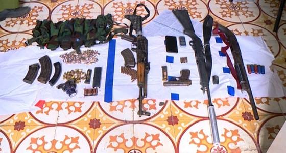 Xe bọc thép và hàng trăm đặc nhiệm tấn công hang ổ ma túy lớn nhất Sơn La  ảnh 3