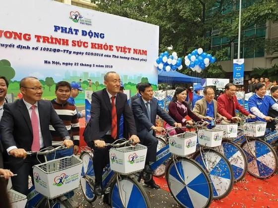 Thủ tướng kêu gọi toàn dân tập thể dục, duy trì lối sống lành mạnh ảnh 3