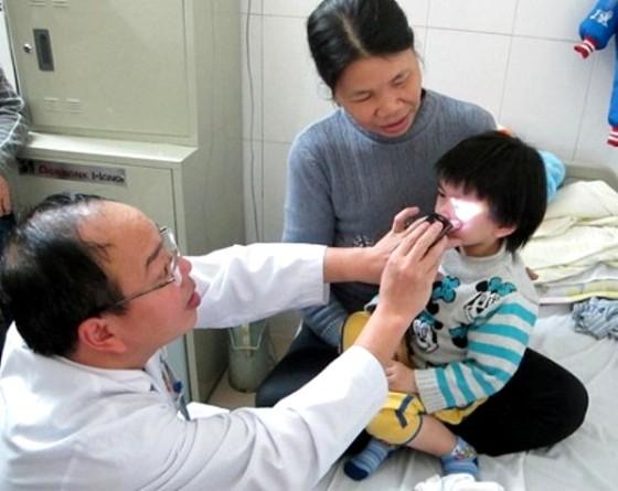 Gia tăng bệnh về mắt, cảnh báo những sai lầm khi chăm sóc mắt ảnh 2