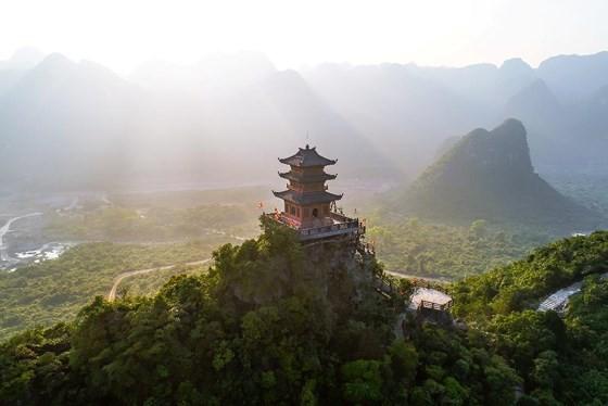 Nhiều lãnh đạo, quan chức quốc tế tới Việt Nam dự Đại lễ Phật đản Vesak 2019  ảnh 2