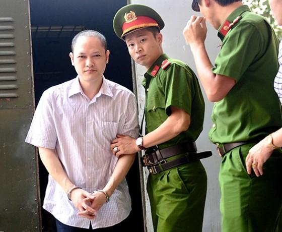Sáng nay 18-9, xét xử nhiều cựu cán bộ ở Hà Giang trong vụ án gian lận thi cử ảnh 2