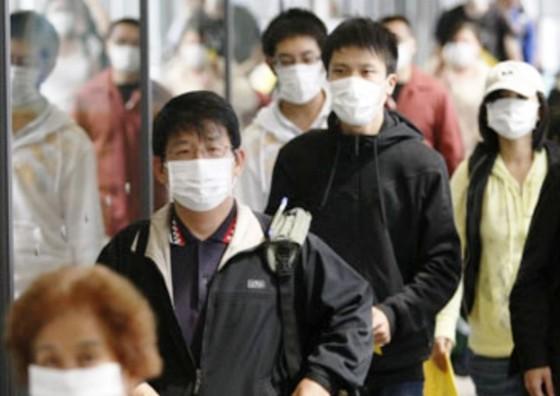 Xác định chủng virus và ca tử vong đầu tiên do dịch viêm phổi cấp ở Trung Quốc ảnh 1