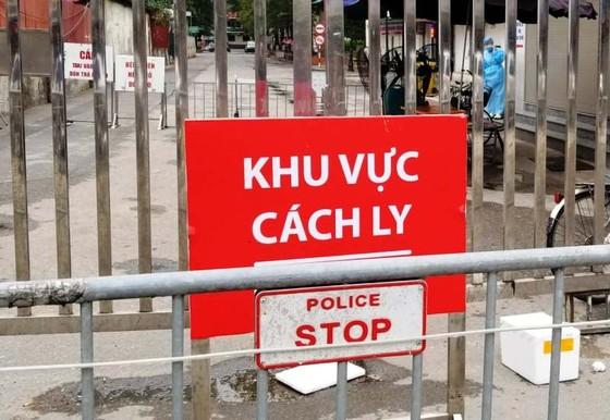 Sáng nay 2-4, số người mắc Covid-19 tại Việt Nam tăng lên 222 ca ảnh 1