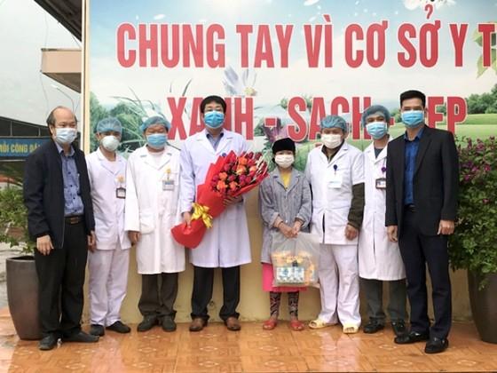 Cô gái người Mông ở Hà Giang được công bố khỏi bệnh Covid-19 ảnh 1