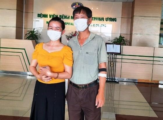 2 vợ chồng ở Hạ Lôi mắc Covid-19 được chữa khỏi bệnh ảnh 1