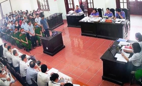 Xét xử vụ án gian lận thi cử ở Hòa Bình: Cựu trưởng phòng an ninh kêu oan ảnh 2