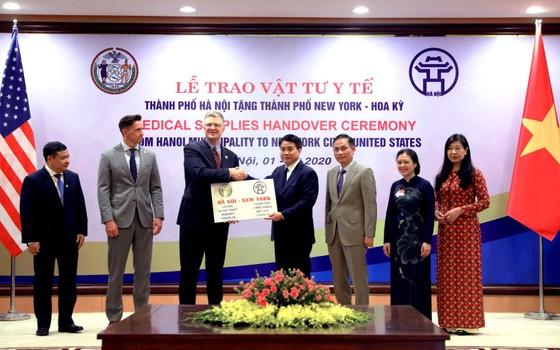 Đại sứ Hoa Kỳ ngưỡng mộ Việt Nam chống dịch Covid-19 thành công  ảnh 1