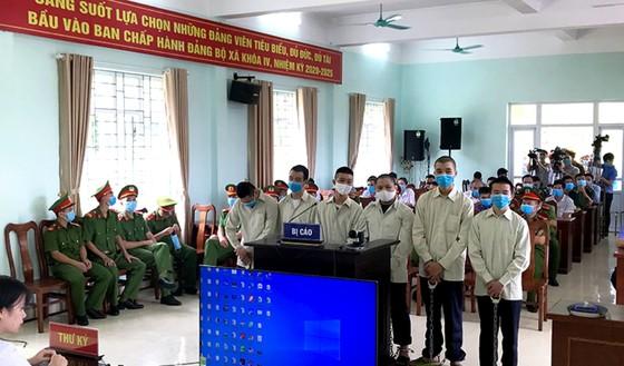 25 năm tù cho nhóm người ở Móng Cái đưa người Trung Quốc nhập cảnh trái phép ảnh 1