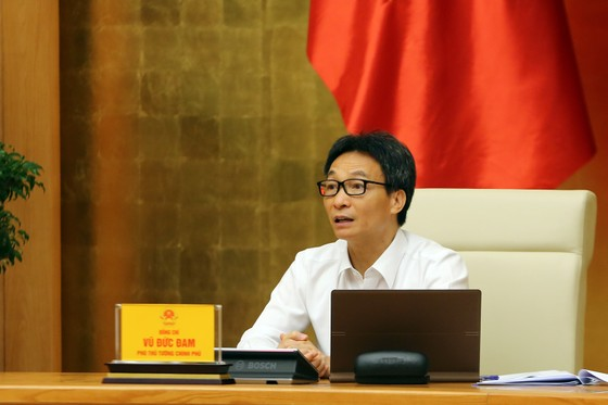 GS.TS Nguyễn Thanh Long: Mỗi một bệnh nhân Covid-19 tử vong, anh em đều nhắn tin xin lỗi! ảnh 2