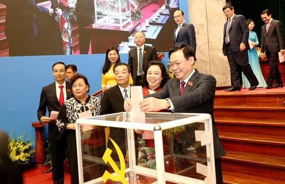 Đồng chí Vương Đình Huệ tái đắc cử Bí thư Thành ủy Hà Nội khóa XVII ảnh 1
