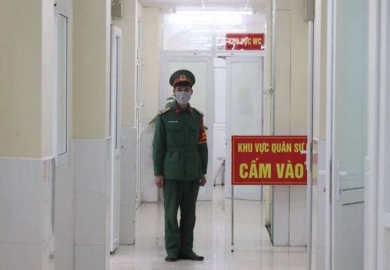 Sáng nay, Việt Nam chính thức tiêm thử nghiệm vaccine Nano Covax: 'Bắt đầu trận đánh lớn' ảnh 7