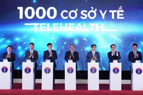 Chống dịch Covid-19 thành công là sự kiện y tế tiêu biểu nhất của Việt Nam năm 2020 ảnh 3