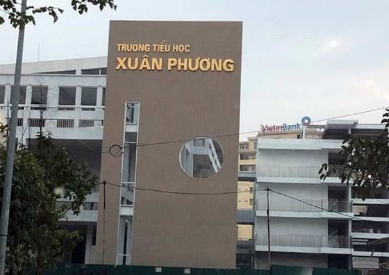 Hà Nội đóng cửa Trường Tiểu học Xuân Phương, hơn 80 giáo viên, phụ huynh, học sinh cách ly tại trường ảnh 1
