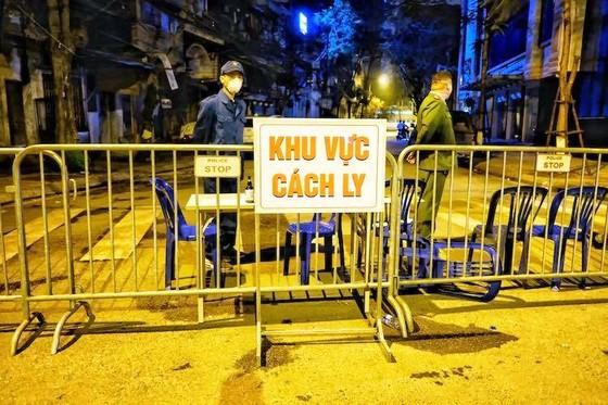 Thường trực Thành ủy Hà Nội:  Xử nghiêm người trốn tránh khai báo, tăng tiền ăn cho người cách ly ảnh 2