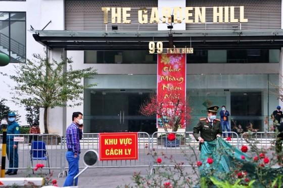 Thường trực Thành ủy Hà Nội:  Xử nghiêm người trốn tránh khai báo, tăng tiền ăn cho người cách ly ảnh 1