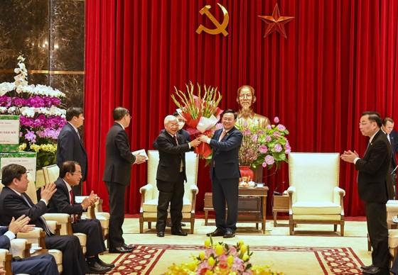 Tổng Bí thư, Chủ tịch nước Nguyễn Phú Trọng chúc tết Đảng bộ, chính quyền, nhân dân Thủ đô, dâng hương vua Lý Thái Tổ ảnh 1