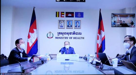 Việt Nam sẵn sàng cử chuyên gia và hỗ trợ thiết bị y tế giúp Campuchia chống dịch Covid-19 ảnh 2