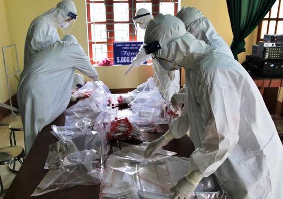 Thêm 4 người nhà bệnh nhân ở Hà Nam dương tính với SARS-CoV-2 ảnh 1