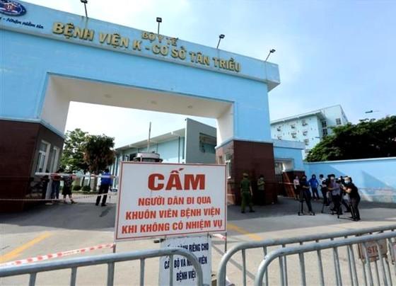 Phong tỏa Bệnh viện K sau khi có nhiều ca dương tính SARS-CoV-2 ảnh 1
