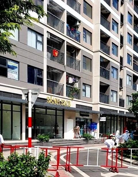 Hà Nội thêm 10 ca mắc Covid-19, phong tỏa một tòa chung cư ở Vinhomes Ocean Park ảnh 1