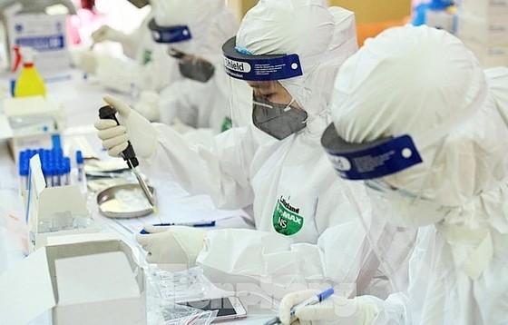 Bộ trưởng Bộ Y tế: Nhiều nơi chưa quyết liệt ứng phó với dịch Covid-19 ảnh 3