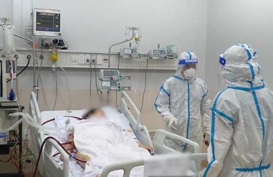 Bộ Y tế phân loại 4 nhóm nguy cơ người nhiễm Covid-19 để điều trị thích hợp  ảnh 1
