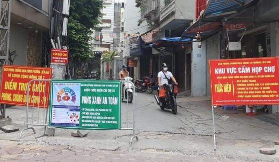 Trưa mai 16-9, Hà Nội cho mở lại nhiều dịch vụ tại các quận, huyện không có ca mắc mới Covid-19 ảnh 1