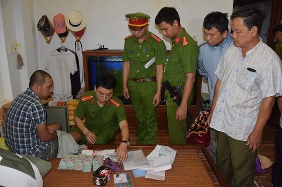 Đánh sập đường dây đánh bạc trăm tỷ tại Thừa Thiên - Huế  ảnh 5