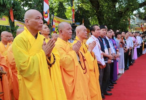 Trang nghiêm Đại lễ Phật đản Phật lịch 2562 tại Huế ảnh 2