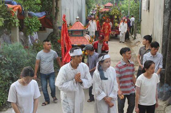 Tiễn đưa các nạn nhân vụ tai nạn giao thông tại Quảng Nam về nơi an nghỉ ảnh 2