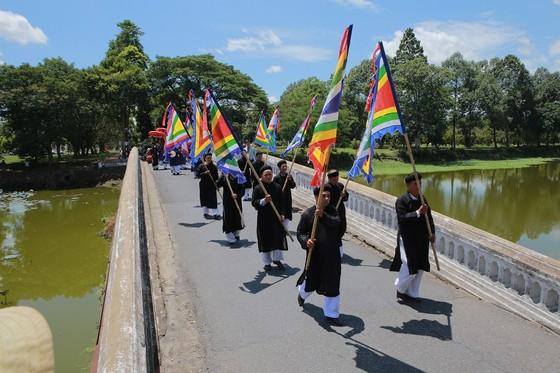Độc đáo lễ hội Thanh Trà – hương vị xứ Huế ảnh 9