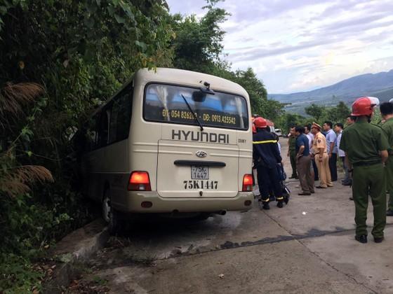 Vụ xe lao vào vách núi Bạch Mã: 20 nạn nhân đã cơ bản bình phục ảnh 1