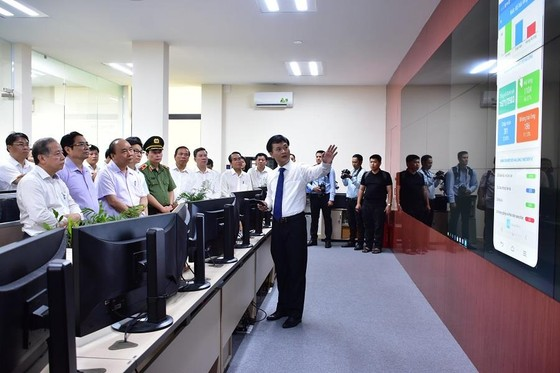 Thủ tướng Nguyễn Xuân Phúc thăm ngôi nhà Bác Hồ tại Huế ảnh 4
