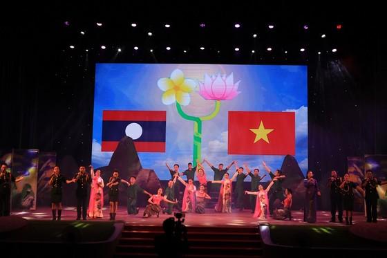 Khai mạc Hội diễn văn hóa tuyến biên giới, biển đảo miền Trung-Tây Nguyên ảnh 3