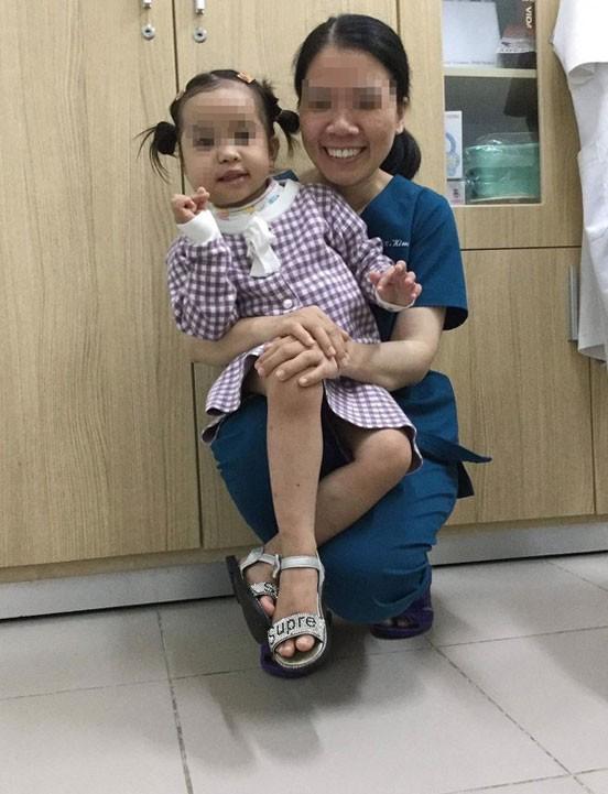 Điều trị thành công cho bệnh nhi 4 tuổi bị u quái hỗn hợp vùng mặt hiếm gặp ảnh 2