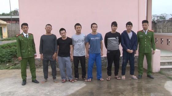 Truy bắt 6 tên côn đồ dùng dao chém người tại Huế ảnh 1