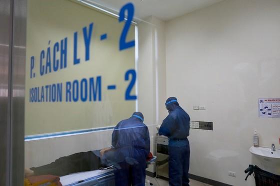 Bệnh viện Trung ương Huế bắt đầu thực hiện xét nghiệm nCoV ảnh 1