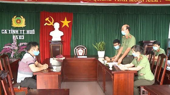 """Xử lý nhân viên Phòng Kinh tế UBND TP Huế để rò rỉ văn bản dự thảo """"cấm chợ"""" lên Facebook ảnh 1"""